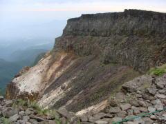 20100811硫黄岳爆裂火口
